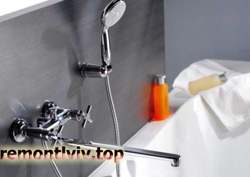 Встановлення крана у ванній кімнаті